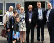Vlnr: Halina Stopyra, Jay Bell Redbird, Elena Paul, Rolf Bouman, Christoph Spaude, Honorable Rodney MacDonald (Former Premier of Nova Scotia)