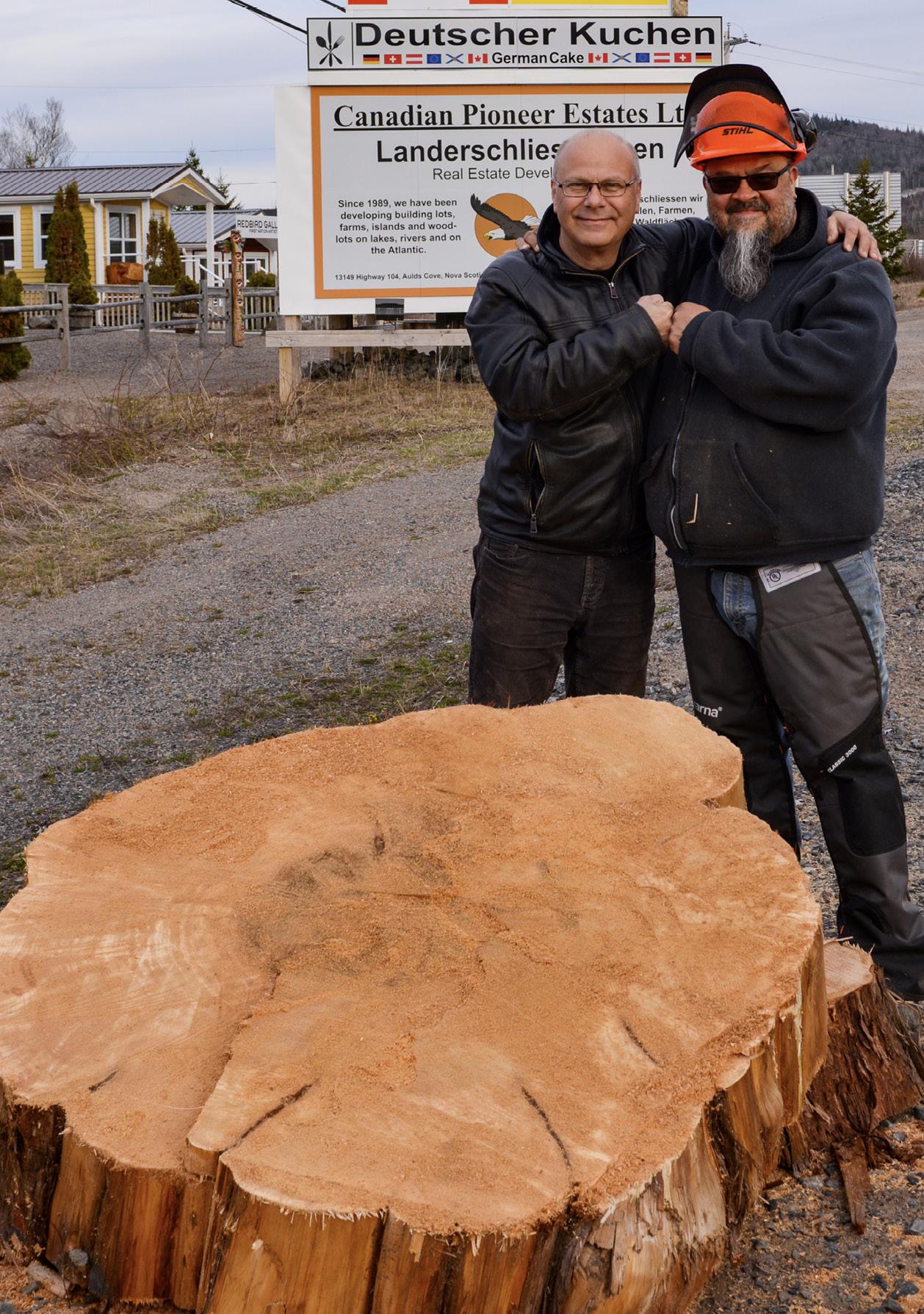 Projektbeginn am Trans Canada Highway neben Katja's Coastal Café