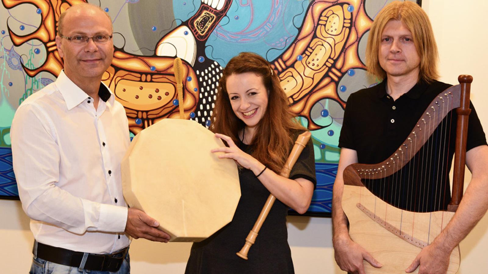Die Bedeutung der Trommel und indianische Trommeln aus Kanada